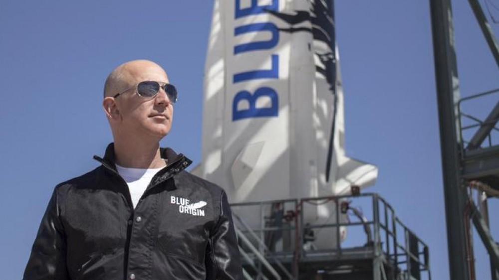 Jeff Bezos viaggerà nello spazio per undici minuti, quali sono i rischi che corre?