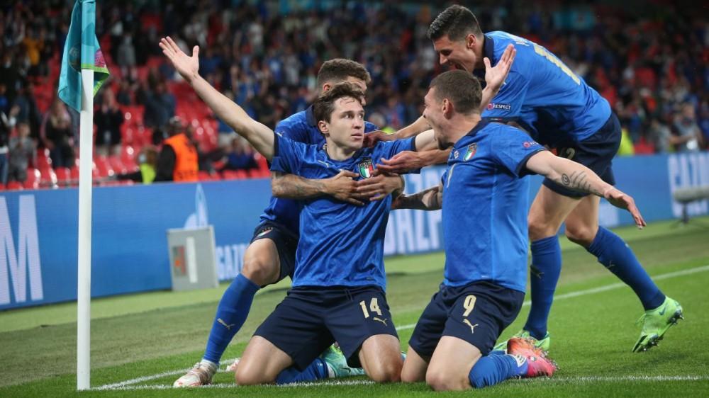 L'Italia è arrivata a Londra, domani sera la finale con l'Inghilterra per conquistare l'Europa