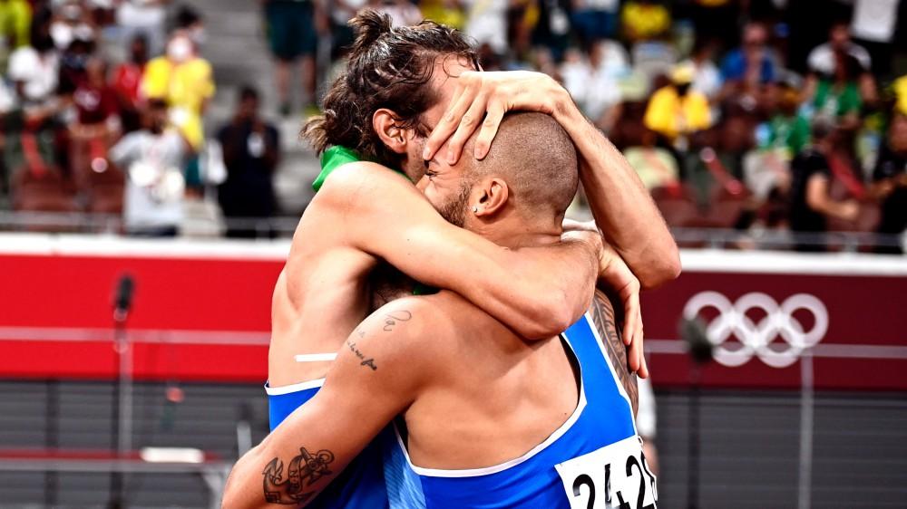 L'Italia è d'oro! Marcell Jacobs e Gianmarco Tamberi vincono i cento metri e il salto in alto a Tokyo