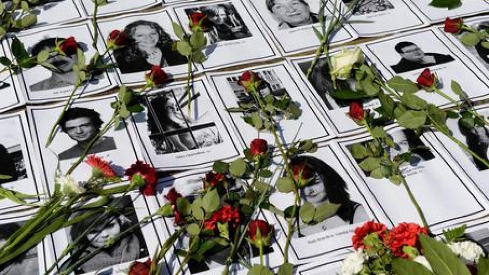 La Norvegia ricorda le stragi di Utoya e Oslo. A 10 anni dalla carneficina il killer non si pente