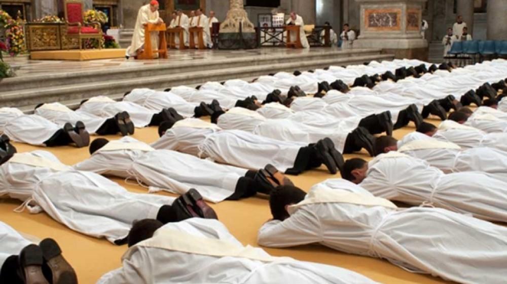 Legionari di Cristo, pubblicati i nomi di 27 preti responsabili di abusi