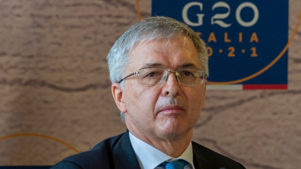 Maggioranza, dopo le tensioni al Senato è tregua, e il ministro dell'Economia Franco accelera sul Pnrr