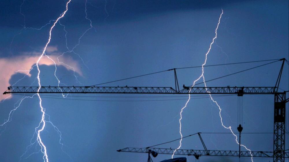 Maltempo: Coldiretti, finisce un'estate da 14 nubifragi al giorno, effetti devastanti su città e campagne