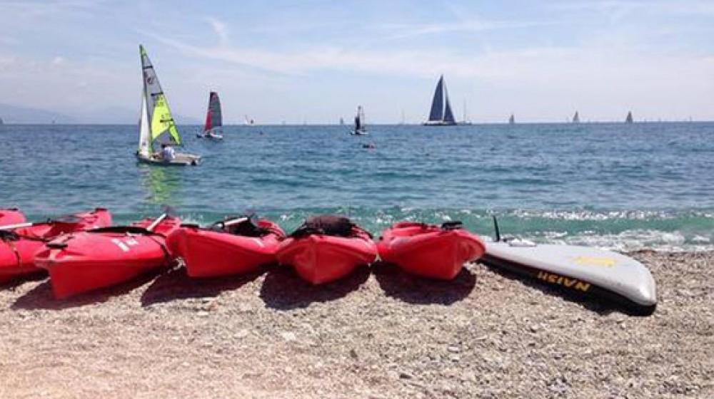 Mare, pubblicato il rapporto di Legambiente sulle spiagge: sempre più stabilimenti, addio spiagge libere
