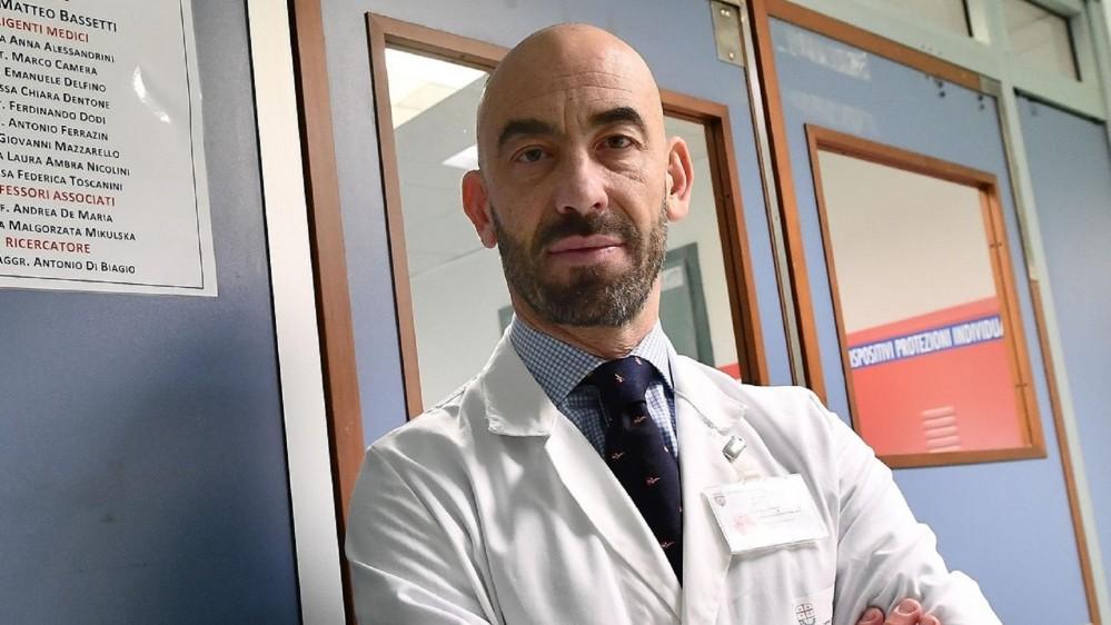 """Matteo Bassetti in diretta a RTL 102.5: """"Dobbiamo darci una mossa invece di continuare ad annunciare 500.000 vaccini al giorno"""""""