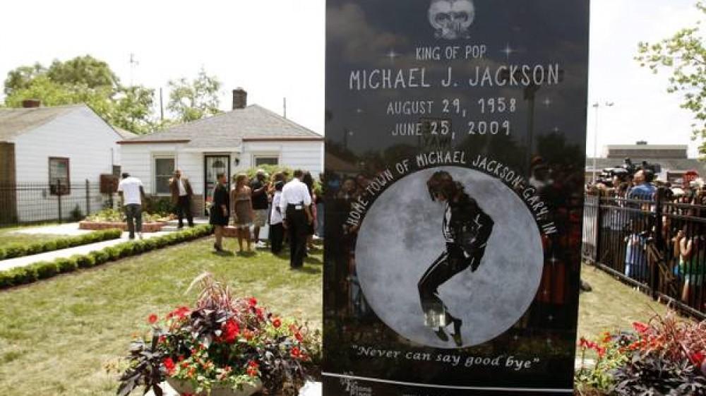 Michael Jackson, oggi ricorre il 12esimo anniversario della morte del re del pop, restano ancora punti oscuri