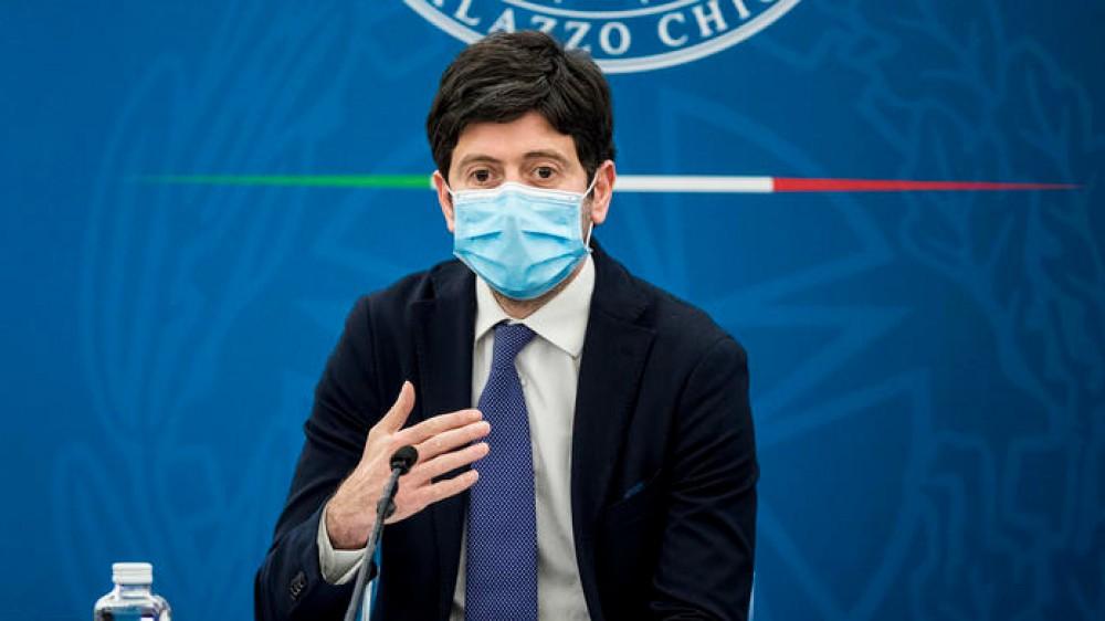 Ministro Speranza: in Italia aumentano le somministrazioni di prime dosi del vaccino anti Covid