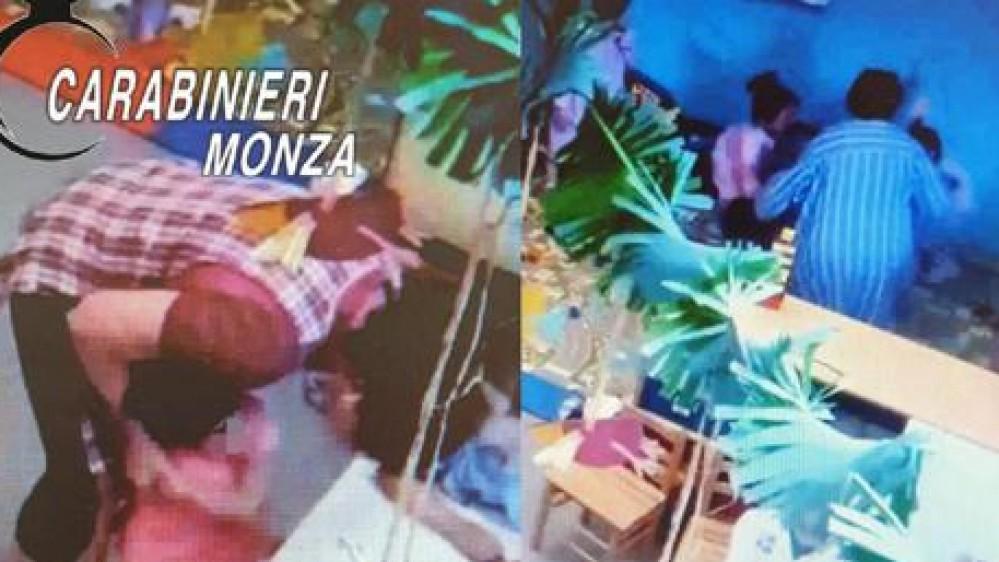 Monza: botte e insulti a bambini dai 3 ai 5 anni, maestra d'asilo denunciata per maltrattamenti