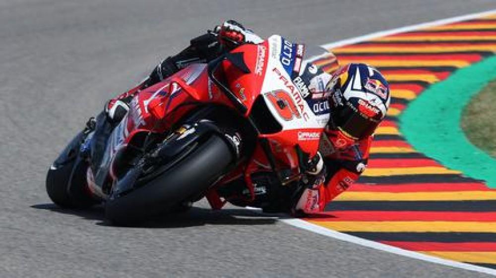 MotoGp, Zarco conquista la pole in Germania con la Ducati Pramac. Prima fila  storica per l'Aprilia di Espargarò