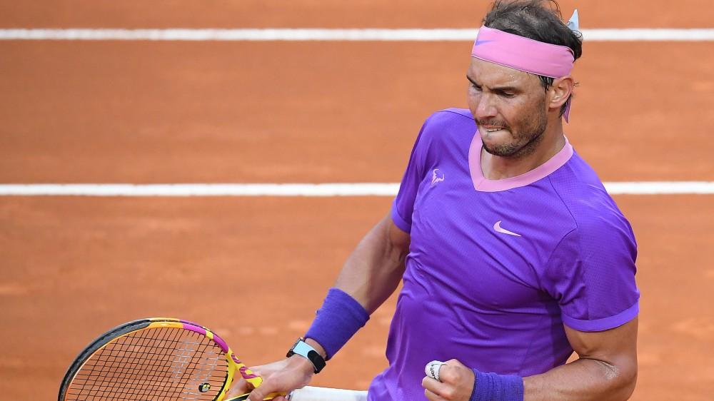 Nadal vince gli Internazionali Bnl d'Italia, battuto Djokovic; tra le donne trionfa la Swiatek, l'Italia applaude Sonego
