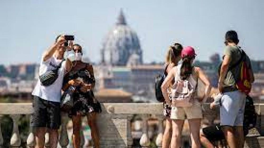 Nel 2020 il turismo in Italia ha perso 233 milioni di presenze, lo rivelano i dati diffusi da Federalberghi