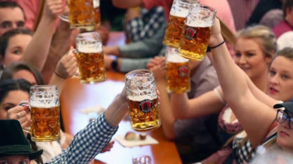 Oktoberfest, cancellata anche quest'anno in Germania, ma è pronta una alternativa a Dubai, dal 7 ottobre