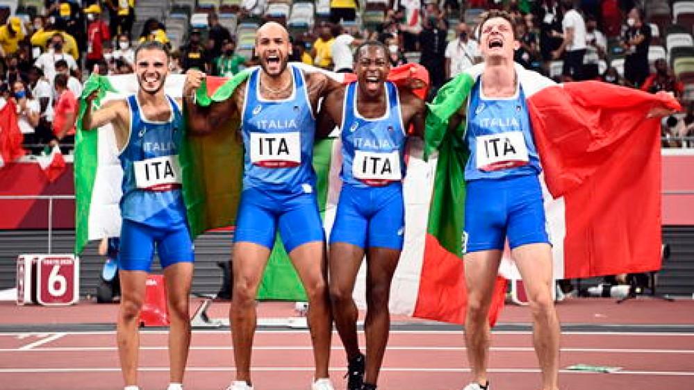 Olimpiadi di Tokyo: tre ori in un giorno per l'Italia, sul tetto del mondo la staffetta 4x100