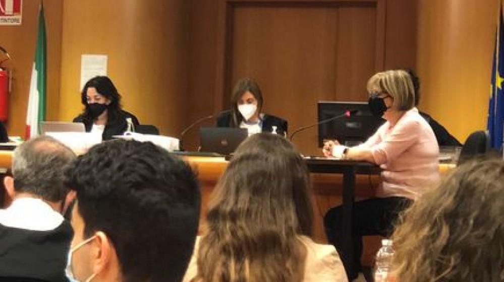 Omicidio Pompa, il figlio Alex anche in Corte d'Assise racconta di aver ucciso il padre in difesa della madre