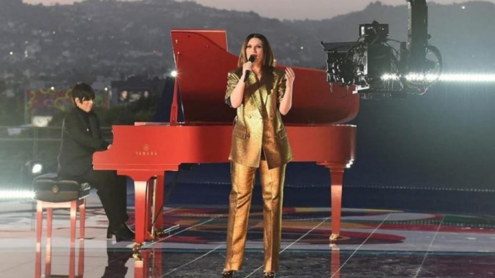 Oscar, Laura Pausini ha già registrato a Los Angeles la performance che andrà in onda domani notte