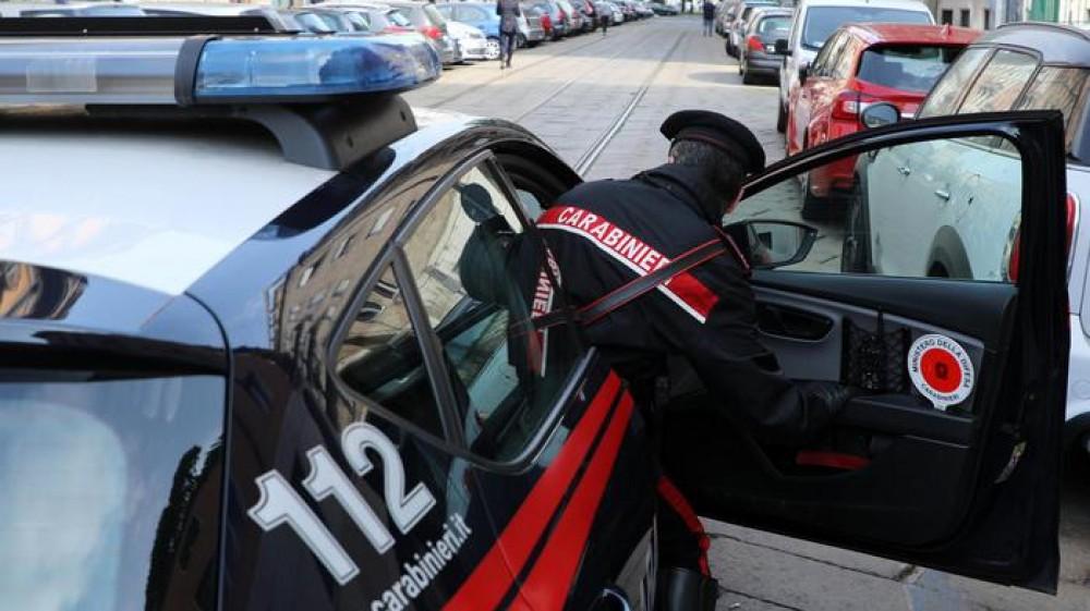 Padre uccide figlia in provincia di Padova. A Trieste figlio accoltella il padre durante un litigio