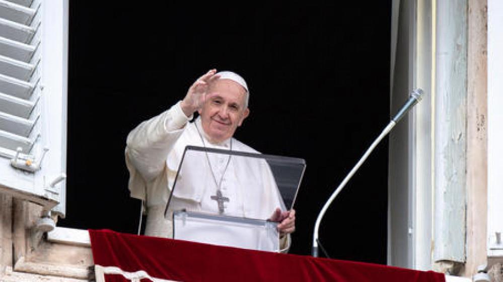 Papa Francesco, vaccinarsi è un atto di amore. E' un modo semplice di prenderci cura gli uni degli altri