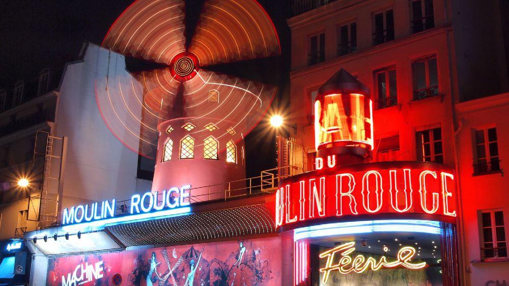 Parigi, Moulin Rouge, il tempio del can can compie 130 anni
