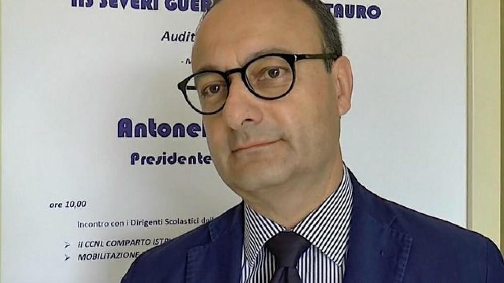 """Presidente Ass. Naz. Presidi Giannelli in diretta su RTL 102.5:  """"Se la situazione non cambia, sul lungo periodo si può pensare all'obbligo vaccinale anche per il personale scolastico"""""""