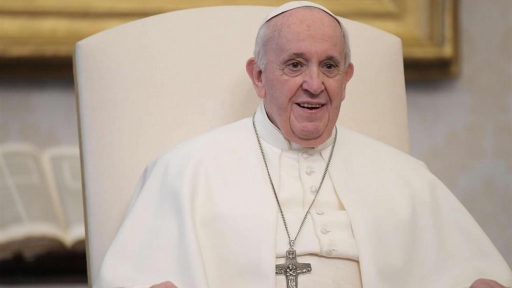 Regina Coeli in Vaticano, Papa Francesco: chi trova Cristo scopre la pace nel cuore