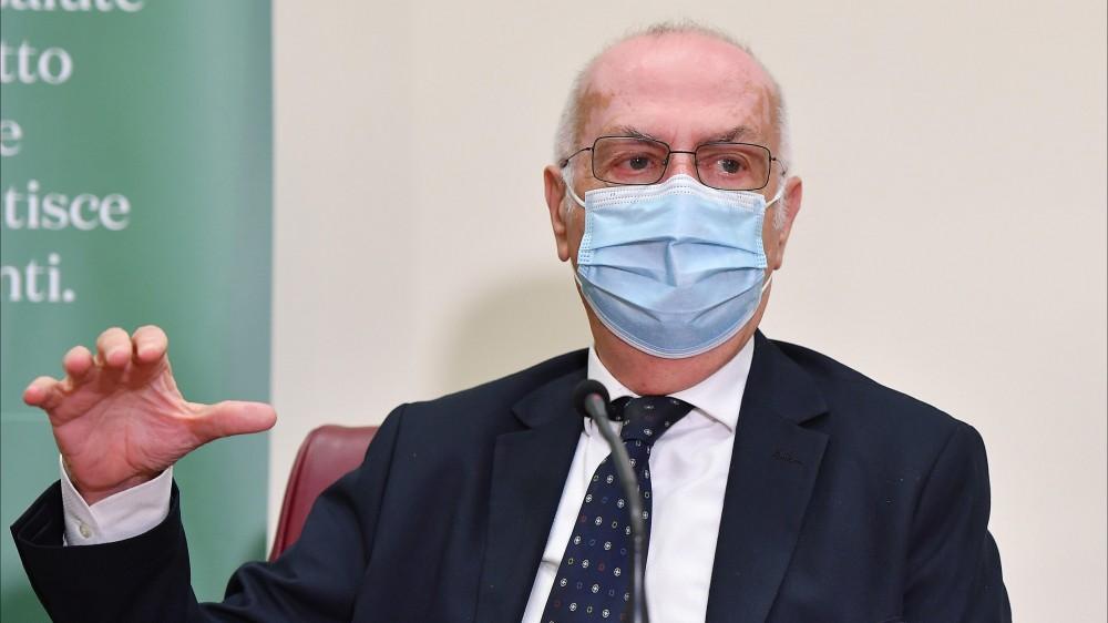 """Riaperture, Gianni Rezza (Cts), """"il rischio c'è, ma siamo pronti a intervenire"""""""