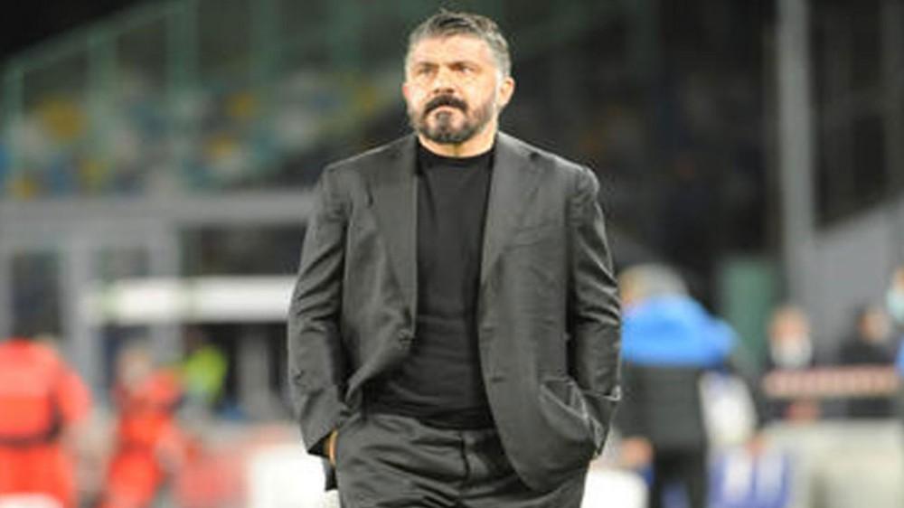 Rino Gattuso saluta il Napoli e i suoi tifosi, ufficiale l'accordo con la Fiorentina; e impazza il valzer delle panchine