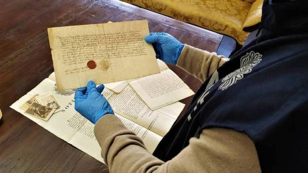 Ritrovate le carte scomparse dei Savoia, erano in una confraternita dopo essere state sottratte a sedi museali
