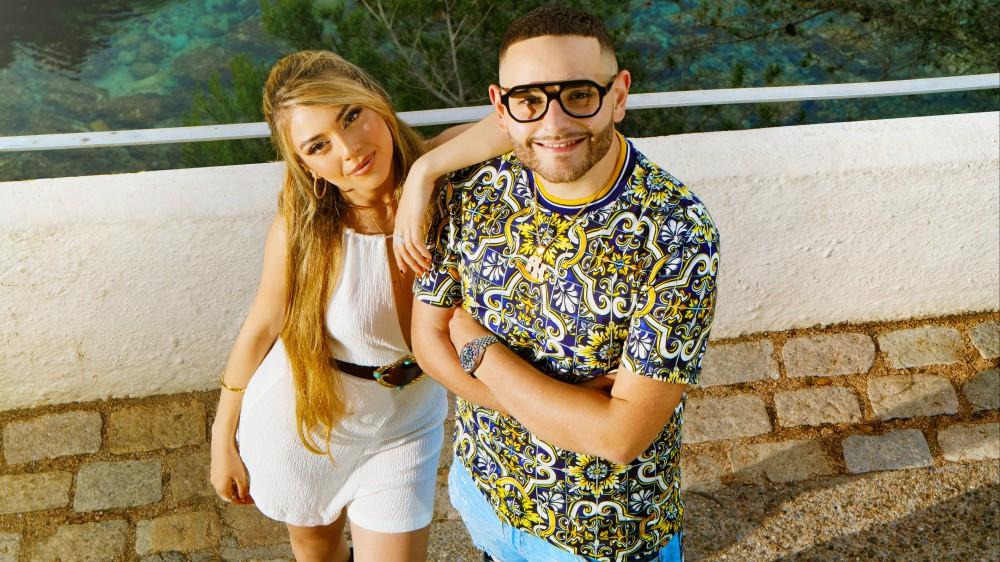 """Rocco Hunt e Ana Mena sono stati ospiti questo pomeriggio su RTL 102.5 per presentare il loro nuovo singolo """"Un bacio all'improvviso"""" fuori ovunque da venerdì 4 giugno"""