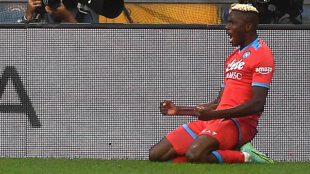 Serie A, completata la quinta giornata, il Napoli domina la Sampdoria, 4-0, parità 1-1 tra Torino e Lazio, Roma di misura