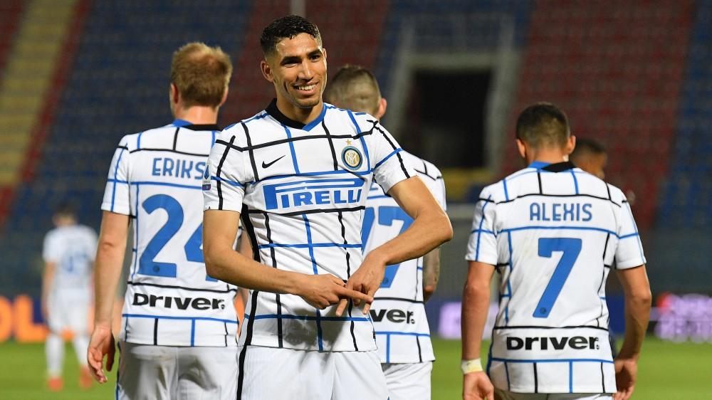 Serie A, Crotone-Inter 0-2, Milan-Benevento 2-0, Verona-Spezia 1-1
