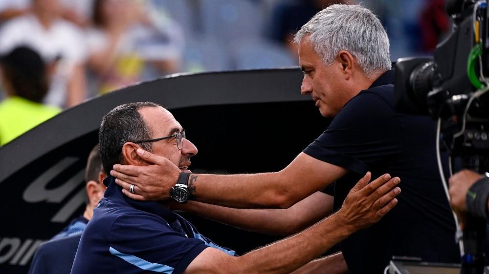 Serie A, il Napoli vince e torna in testa, alla Lazio il derby. Seconda vittoria per la Juventus