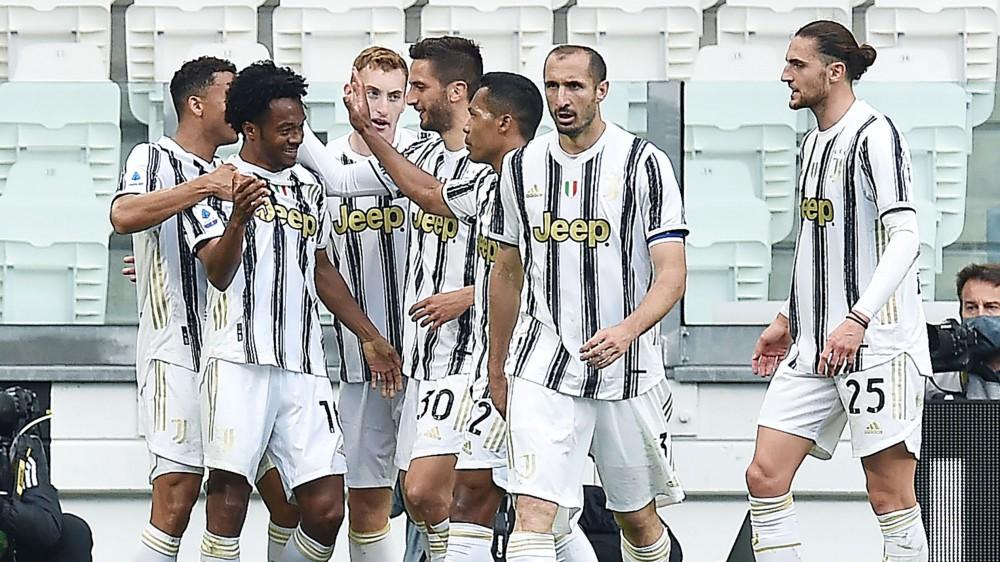 Serie A, Juventus-Inter 3-2, Roma-Lazio 2-0, Genoa-Atalanta 3-4, Spezia-Torino 4-1