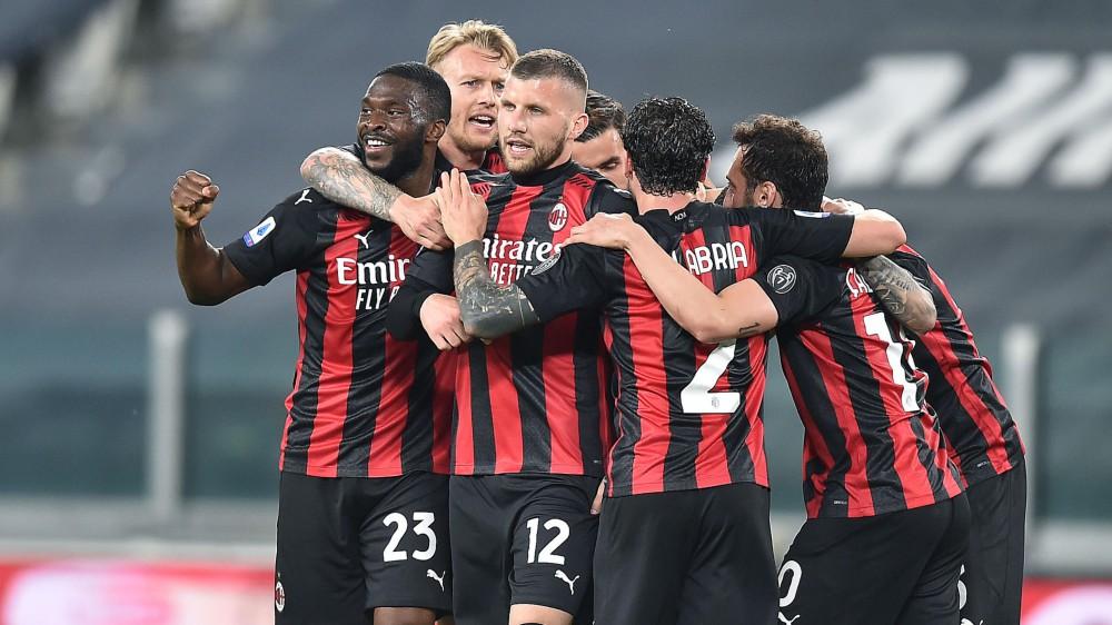 Serie A, Juventus-Milan 0-3, Genoa-Sassuolo 1-2, Verona-Torino 1-1, Parma-Atalanta 2-5, Benevento-Cagliari 1-3, Roma-Crotone 5-0