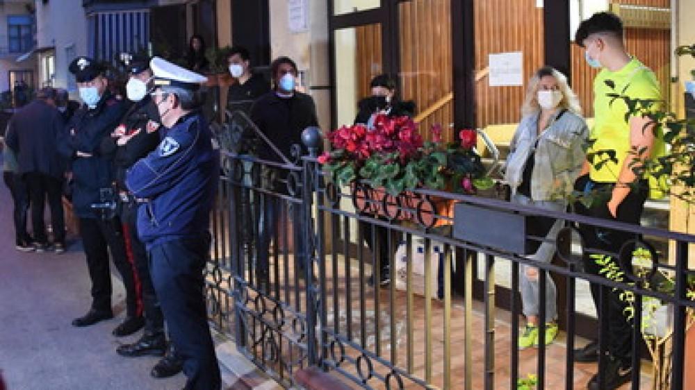Studentessa morta a Pompei, per gli investigatori Grazia  si sarebbe suicidata lanciandosi dal quarto piano