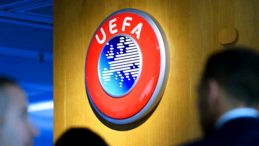 Svolta nelle competizioni per club dell'Uefa, abolita la regola del gol che vale doppio in trasferta