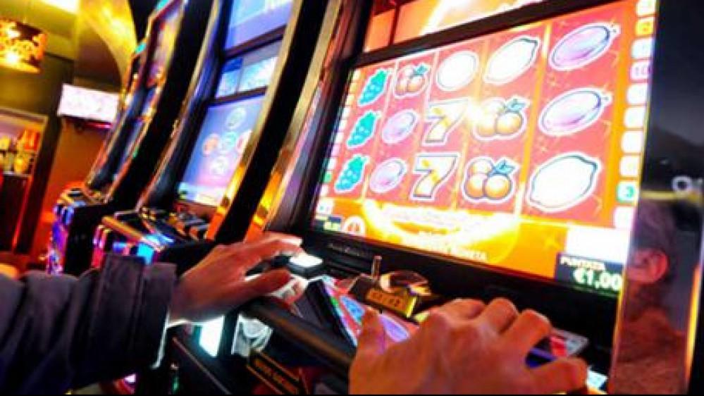 Svolta per chi ha sviluppato una dipendenza dal gioco d'azzardo, arriva un decreto ad hoc