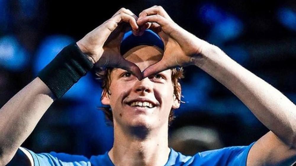 """Tennis, Jannik Sinner rinuncia alle Olimpiadi di Tokyo, """"decisione dolorosa, ma devo migliorare"""""""