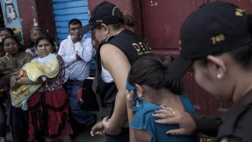 Tratta esseri umani, emergenza mai finita, nel 2020 in Italia più di 2000 vittime, l'allarme di Save the Children