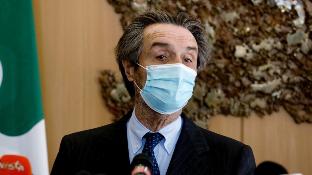 Vaccini, dopo il caos in Lombardia Fontana cambia i vertici di Aria, il gestore delle prenotazioni