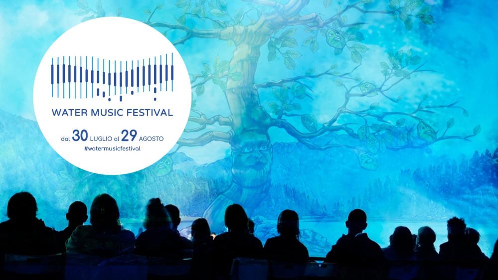 Water Music Festival, concerti e spettacoli sui laghi di montagna e favole proiettate su schermi d'acqua